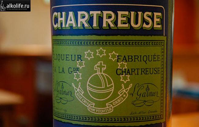 Наклейка на бутылку шартреза