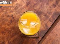 Апельсиновый сок и коньяк