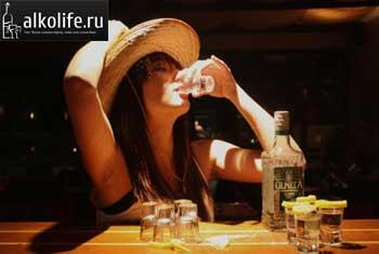 Что пьют с солью и лимоном