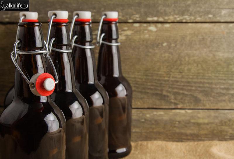 Бутылки с бугельной пробкой фото