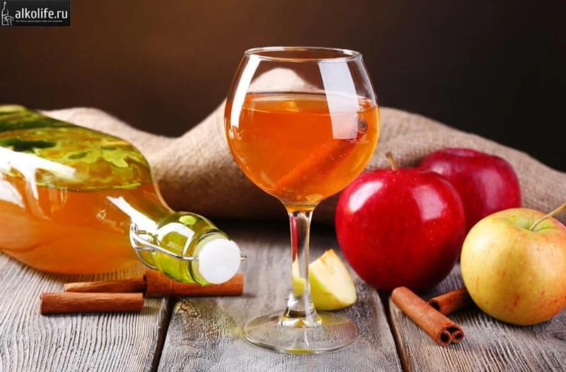 Вино из меда с яблочным соком