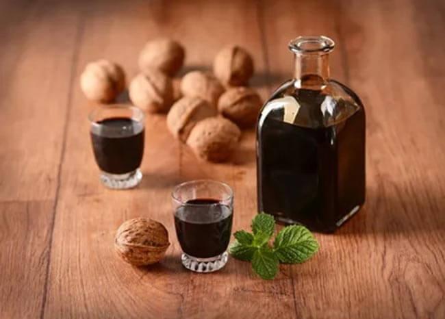Кофейная настойка с грецкими орехами
