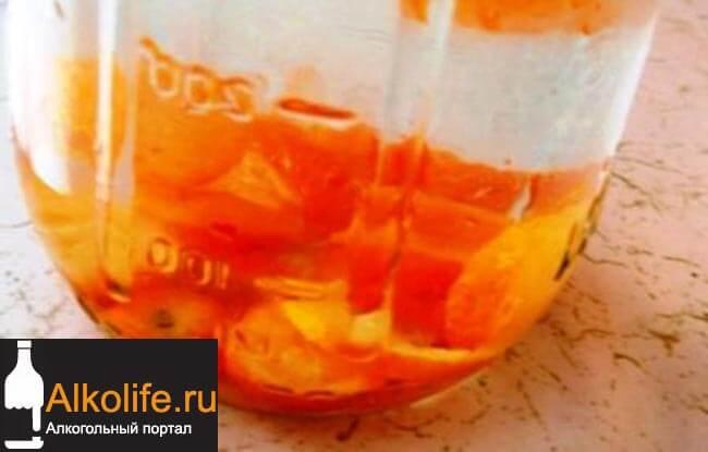 Домашний ликер из персиков