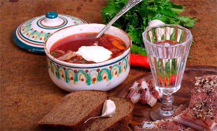 Борщ - как горячая закуска к водке