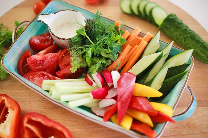 Свежие овощи для закуски
