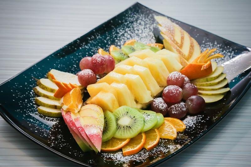 Закуска из фруктов
